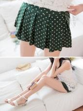 活潑俏麗~滿版圓點傘擺打摺造型褲裙‧4色