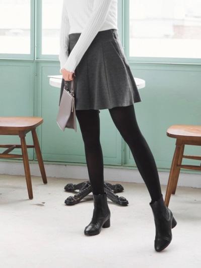磨毛純色百褶造型短裙