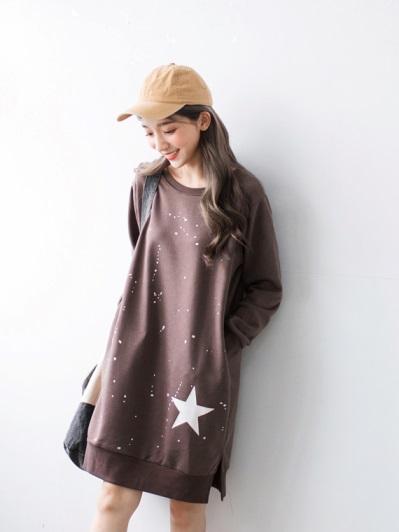 星星潑墨燙印磨毛衛衣洋裝
