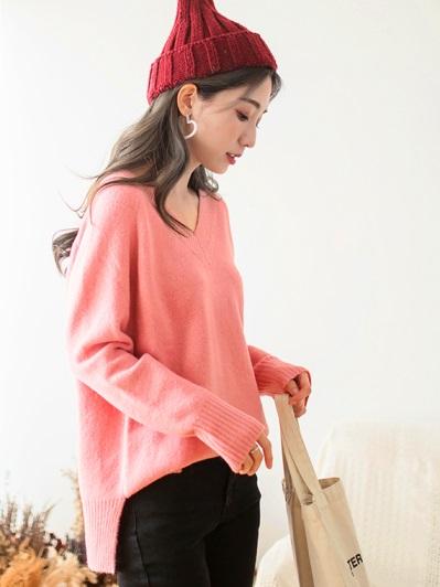 V領羅紋開衩寬鬆針織毛衣