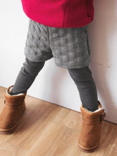 羊毛磨毛大圓點兩件式內搭褲